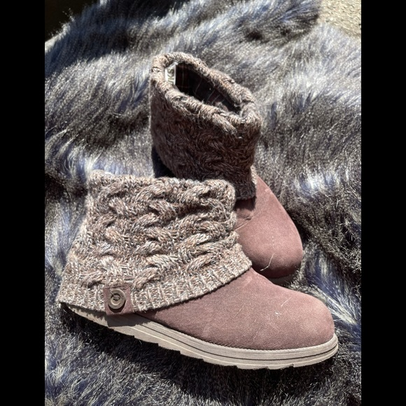 Mukluk ankle knit booties